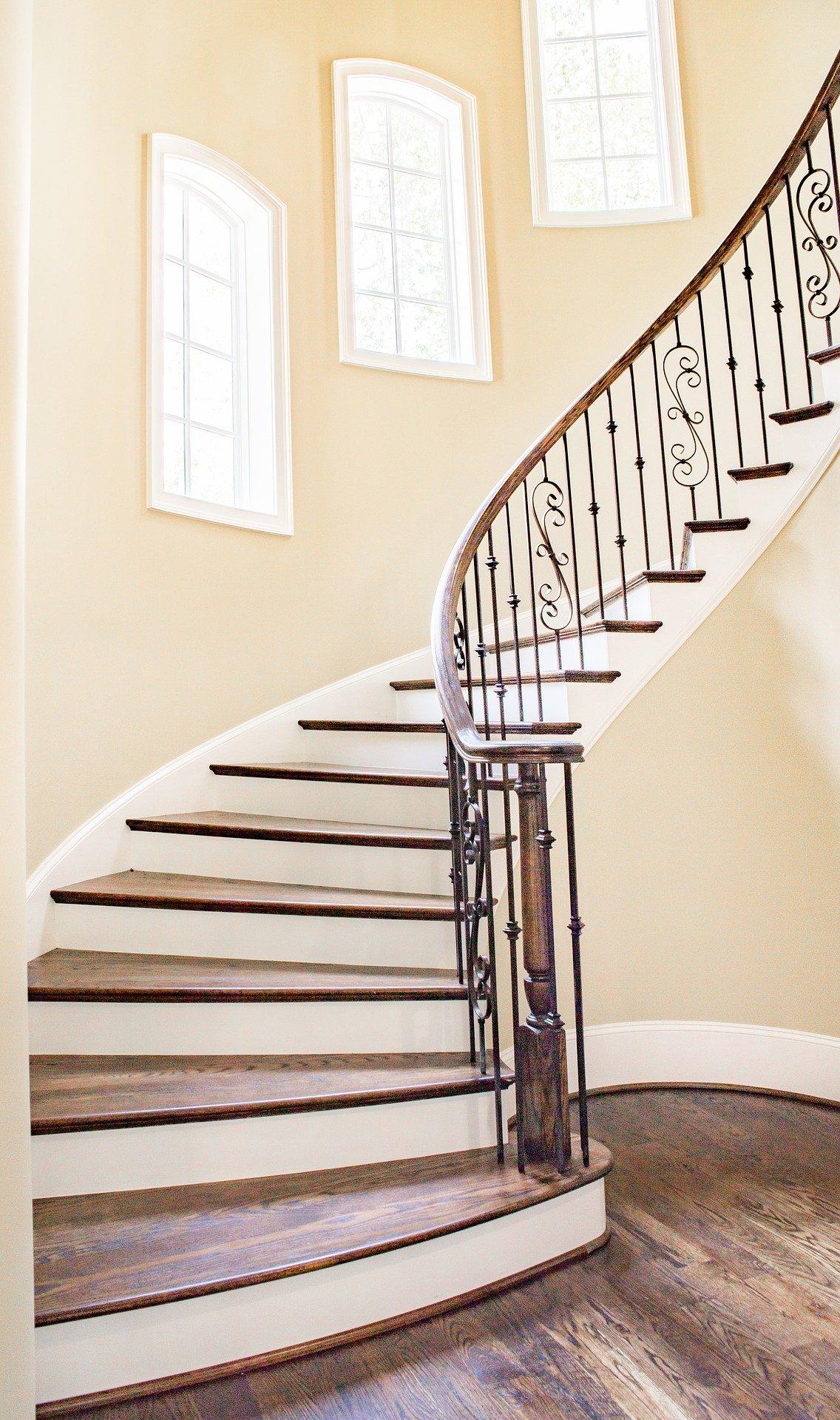 Real Estate Staircase Proprcopy